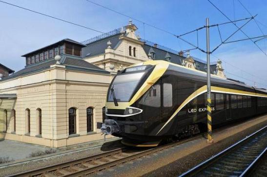 Pociąg FLIRT (szwajcarskiej firmy Stadler Rail) należący do LEO Express